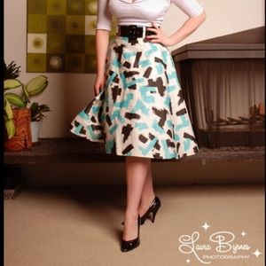 "👩🏻‍🎨 Pinup Couture ""brush stroke"" Doris skirt"